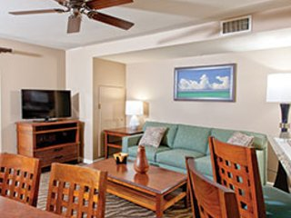 Stunning 2 Bedroom Deluxe at Wyndham Waikiki Beach Walk