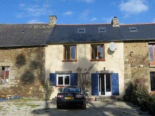 Saint Servan Cottage, Yvignac-La-Tour, Brittany, Yvignac-la-Tour