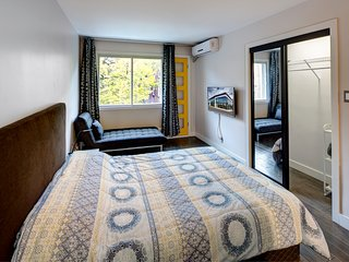 Studio Apartment Montreal Downtown B