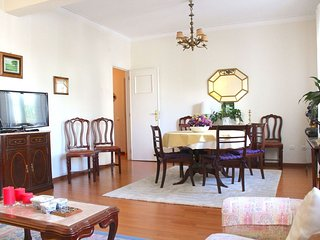 Spacious Cubeb Blue apartment in Belem with WiFi.