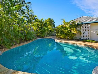 Noosa Waterfront Family Oasis 44| COASTAL LIVING | PRIVATE POOL | by Getastay