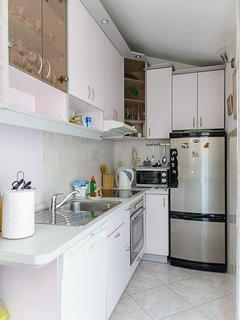 A1(4+1): kitchen