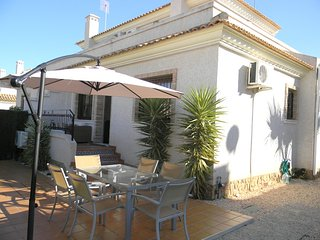 Beautiful Quad House in Villamartin Pau-8
