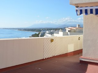 A secret escape in Marbella,  beach front penthouse for 2