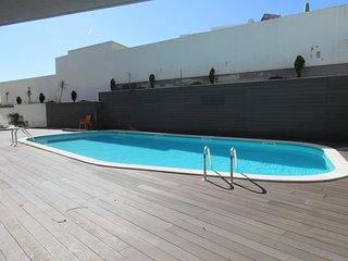 JNM B3-Sao Martinho do Porto - 2 bedroom apartment on the beach with shared pool