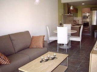 Apart-rent (0052) Apartamento moderno & centrico en Empuriabrava
