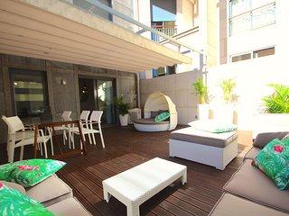 Batuan Duplex Apartment, Amoreiras, Lisbon