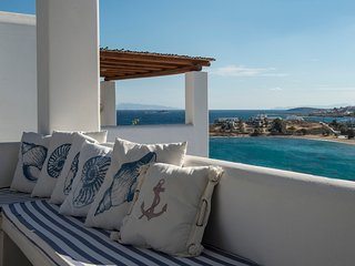 Aiolos Home, 50m from Logaras beach