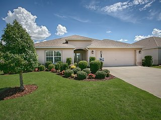 Immaculate 2100 sq ft Home Located in The Villages Fl - Minimum Monthly Rental