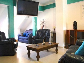 Dorrigo apartment in Alameda {#has_luxurious_amen…