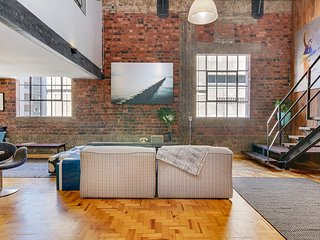 New York style Loft Apartment No 6, Cape Town Central