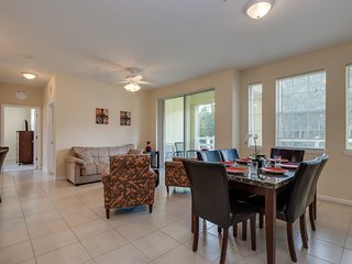 Pleasant 3BR Condo near Disney