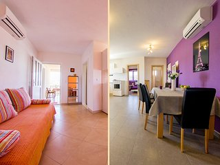 Entire 1st floor - two apartments with private terraces and lovely sea view, Sumartin