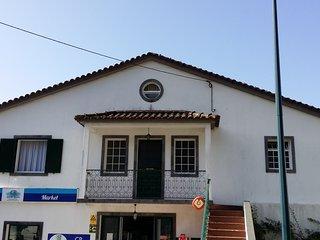 Casa completa muito acolhedora no centro da vila da Povoacao dispoe de tudo