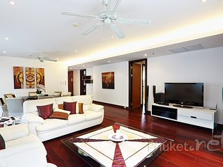 3-Bed Apartment in Royal Phuket Marina, Koh Kaew
