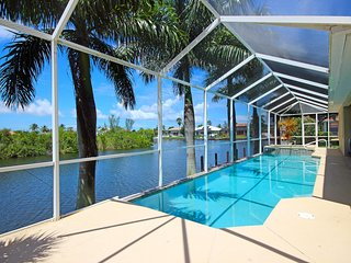Mangrove Bay - an Exclusive Retreat, Cape Coral