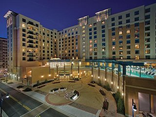 January 15-22, National Harbor Gold Crown Vacation Resort 2 bdrm/2 bath sleeps 8