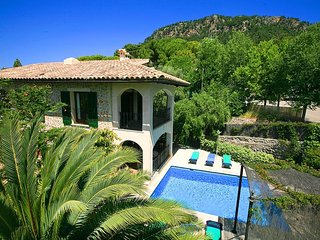 Villa Sam in Valldemossa with private pool and Wif