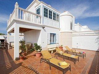 Villa Amigamar 2332, Playa Honda