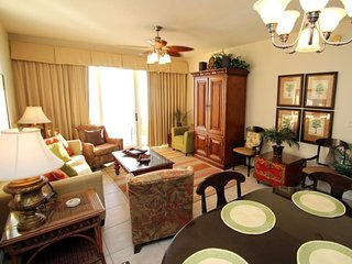 Beautiful views from 3 bedroom Calypso Condo with FREE BEACH CHAIR SERVICE! Near Pier Park!!, Panama City Beach