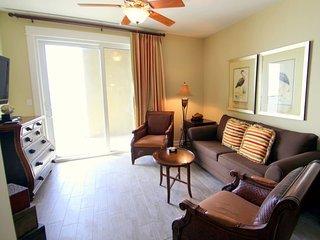 Enjoy a break in this Beautiful Sixth Floor 2 Bedroom, Pet Friendly, Beachfront Condo at Grand Panama!, Panama City Beach