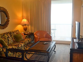 Enjoy FREE BEACH CHAIR SERVICE with rental of our 3 bedroom at Majestic Beach Resort with a Breathtaking View from the 12th Floor!, Panama City Beach