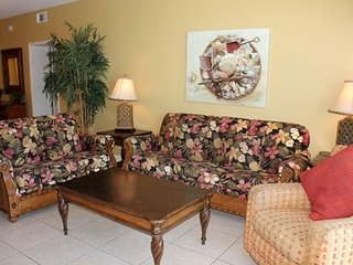 Enjoy 2 Master Bedrooms with Balcony Access in our 2nd Floor 2 Bedroom at Splash Resort!, Laguna Beach