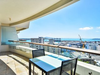 Pullman Residences One Bedroom Luxury Apartment on 12th Floor with Harbour