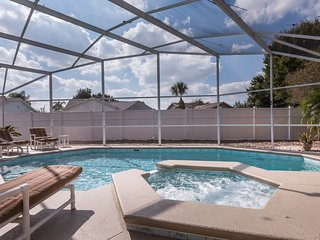 Perfect Family Home w/South-Facing Pool, Spa, Game Room & DVD Library, Kissimmee