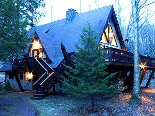 Feels Like Heaven: Wooded Chalet w/ Two-Story Fireplace, Near 3 Ski Resorts