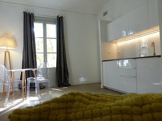 Beau T2, centre, clim, proche gare // Beautiful, clean, central, near station, Montpellier