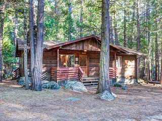 (4) Pine Creek Cabin