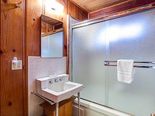(53) Creekside Cabin