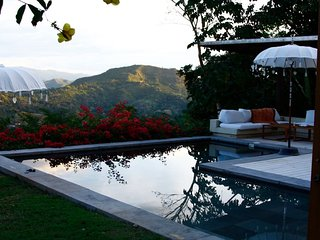 Nirvana, a beautiful tropical vacation home with the greatest views of the Andes
