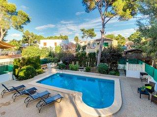 Bonita villa con piscina y muy cerca de la playa!