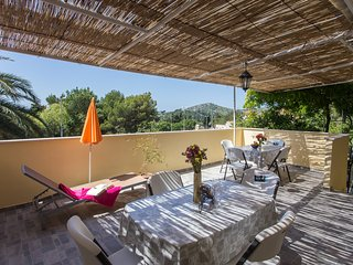Apartments Djurkovic - One-Bedroom Apartment with Shared Terrace and Sea View
