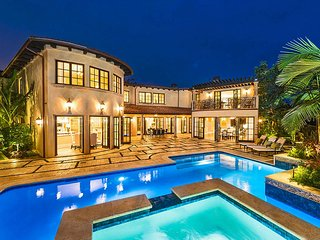 Brentwood Sprawling Gated Luxury Mediterranean Villa with Pool, Santa Monica