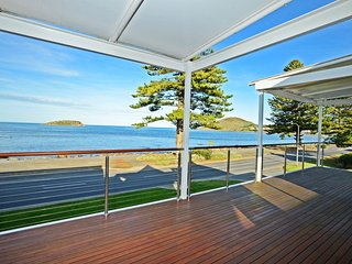 91 Franklin Parade - First Class Luxury with spectacular views, Encounter Bay