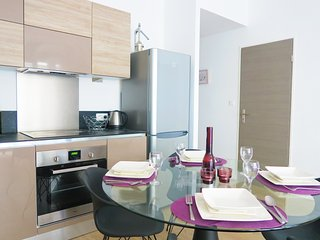 Ashley&Parker - MOZART - 1bedroom apartment in the Musician area with balcony