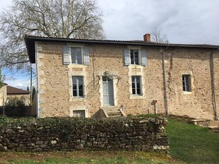 Gite sleeps 8, part of 15th century chateau, Le Lindois
