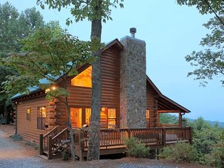 Georgia Mountain Cabin For Rent With Spectacular Views., Ellijay