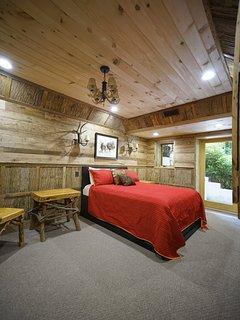 Second floor queen size bed.
