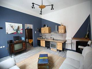 Athenshood city center house-gazi with one bedroom for 3 near Keramikos metro