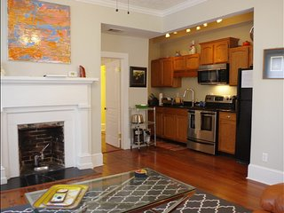 Amazing Circa 1837 Property - Walk 2 Blocks to Everything - Parking included, Wilmington
