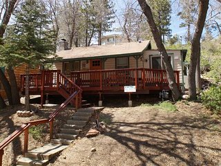 A Huckabey Hideaway, Big Bear Lake