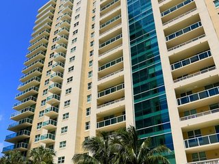 2BR Furnished Suite in Downtown Brickell Lic1002