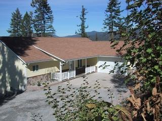 Sutton Place a Spectacular  Home for Your Next  Family Reunion, Hayden Lake