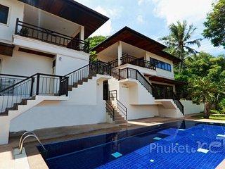 Hillside 2-Bed Apartment in Kata
