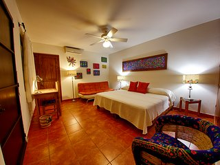 Suite  in typical Oaxacan House The service we provide is personalized with warm