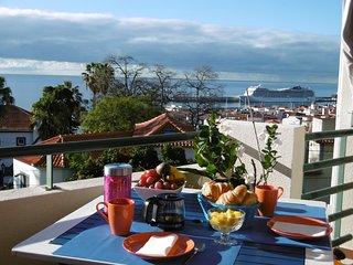 Appartement de charme avec magnifique vue sur la baie de Funchal